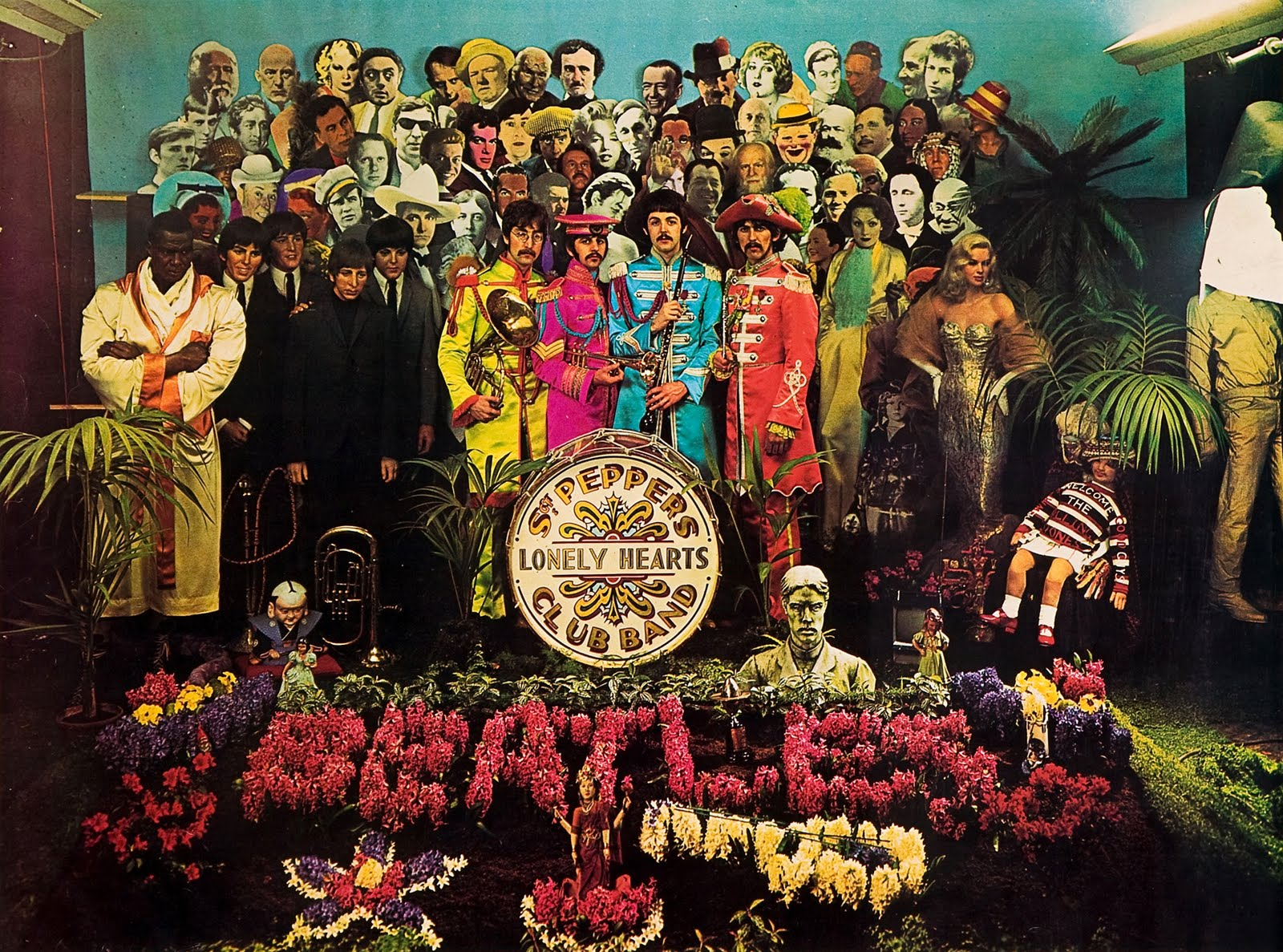 Sgt_Peppers_Lonely_Hearts_Club_Band_inteira